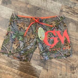 NWT GWG Girls w/Guns Camo hybrid shorts